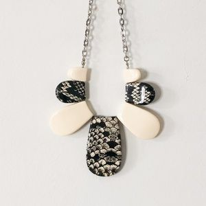3/$25 Black White Beaded Abstract Necklace Chain